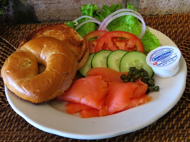 Villa Nueva Bagels and Lox